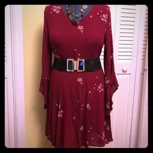 Very pretty burgundy dress with floral embroidery